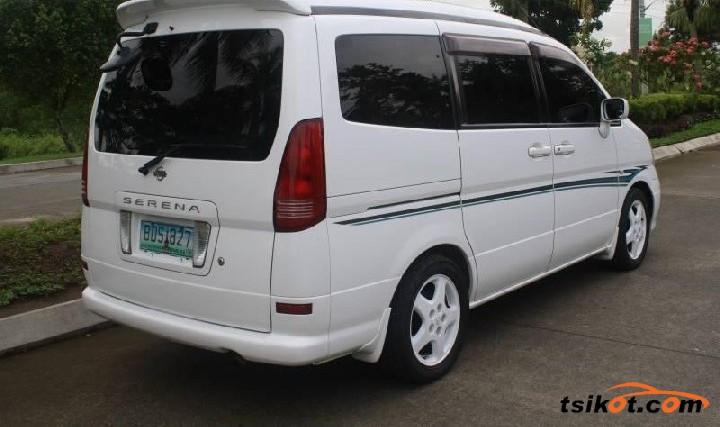 Nissan Serena 2009 - 3