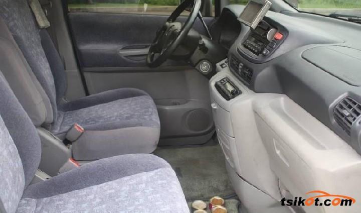 Nissan Serena 2009 - 7