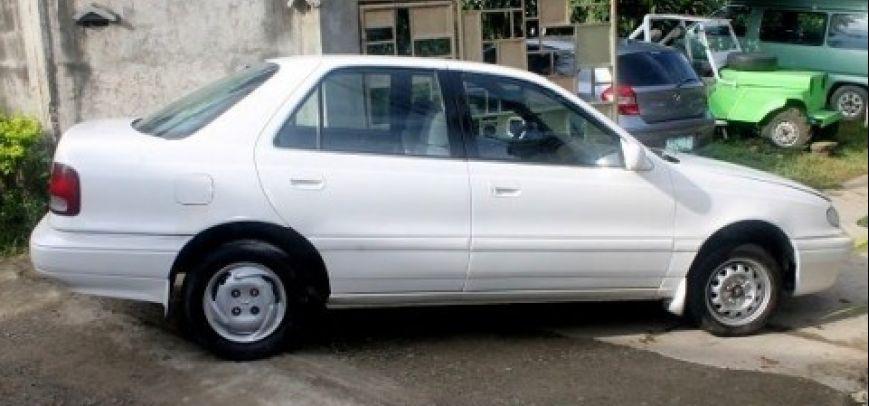 Hyundai Elantra 2004 - 4