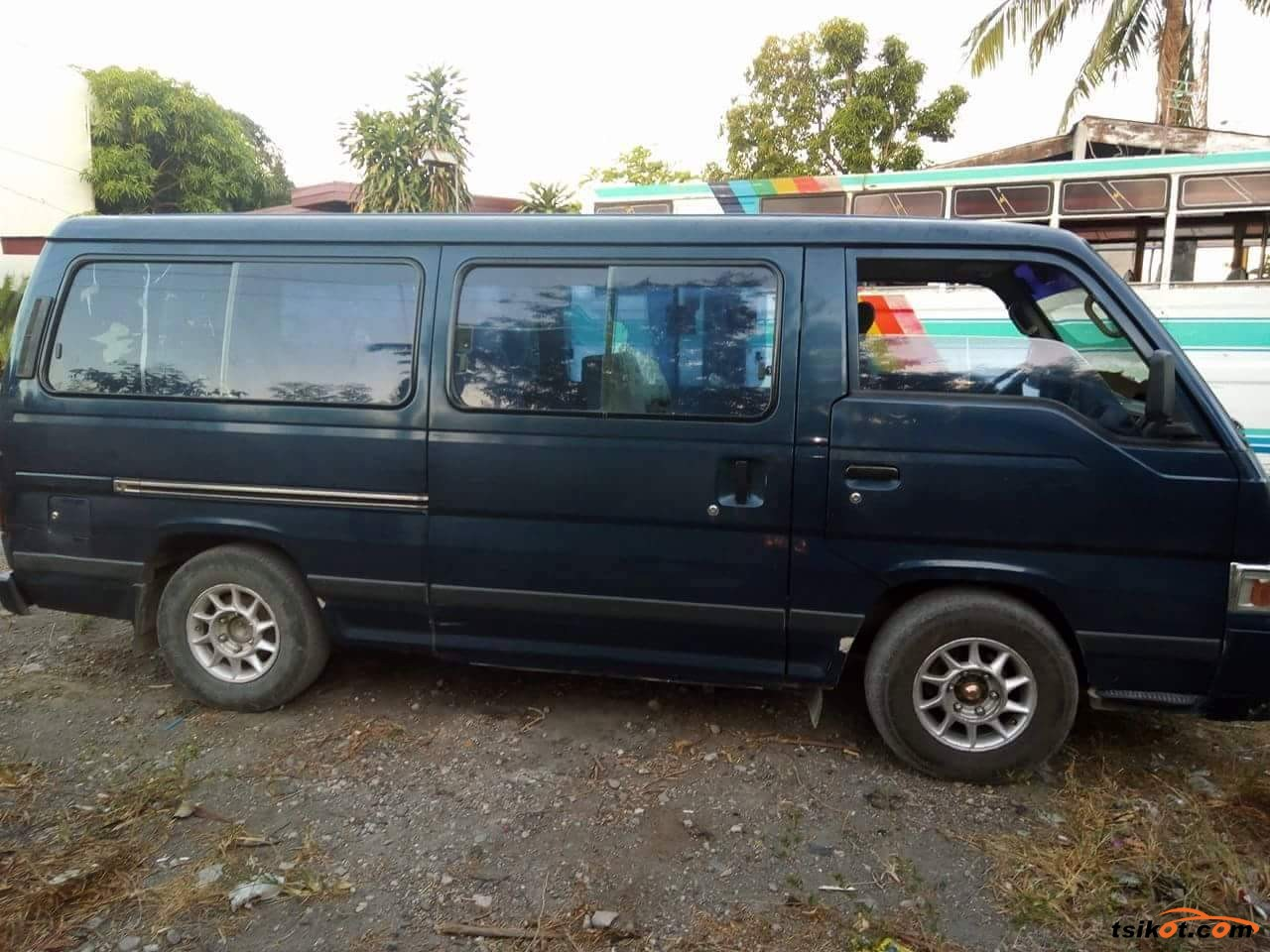 Nissan Urvan 1997 - 5