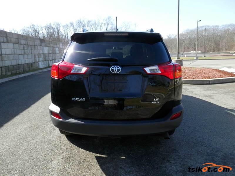 Toyota Rav4 2014 - 4