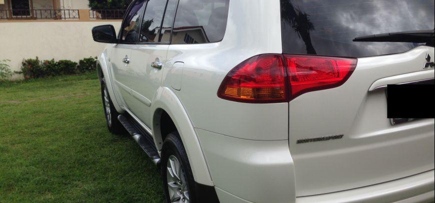 Mitsubishi Montero 2009 - 11