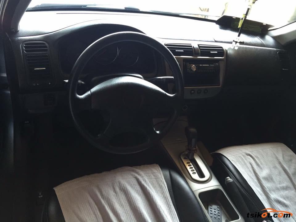 Honda Civic 2003 - 5