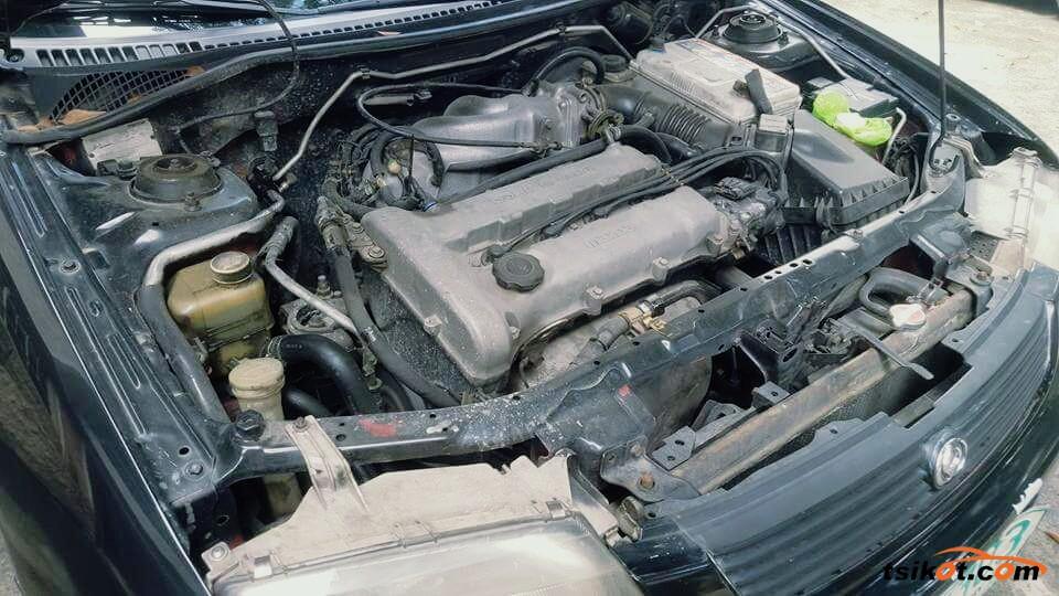 Mazda 323 1996 - 3