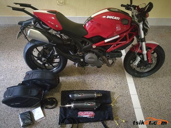 Ducati 750 Monster 1998 - 4