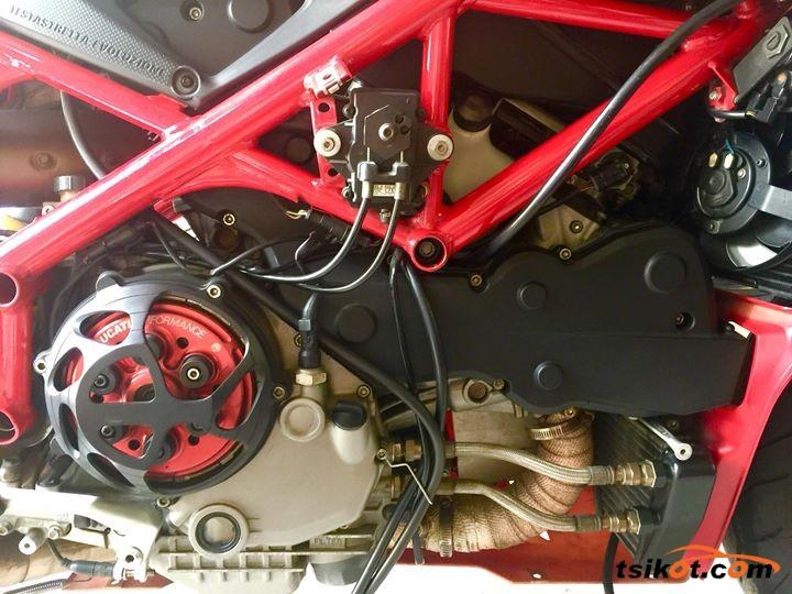 Ducati Superbike 1098 2008 - 4