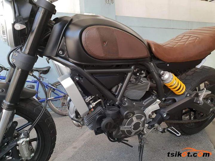 Ducati 450 Scrambler 1974 - 4