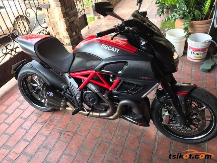 Ducati Diavel Carbon 2012 Motorbike For Sale Metro Manila