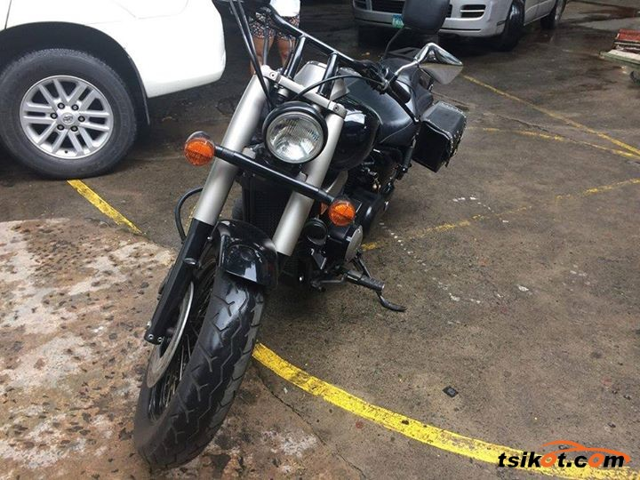 Honda 750 Shadow Phantom 2010 - 1