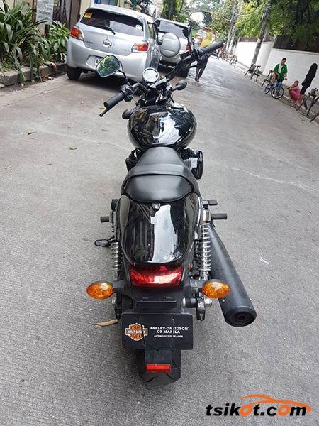 Harley-Davidson Street Glide 2013 - 4