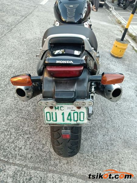 Honda X4 1997 - 3