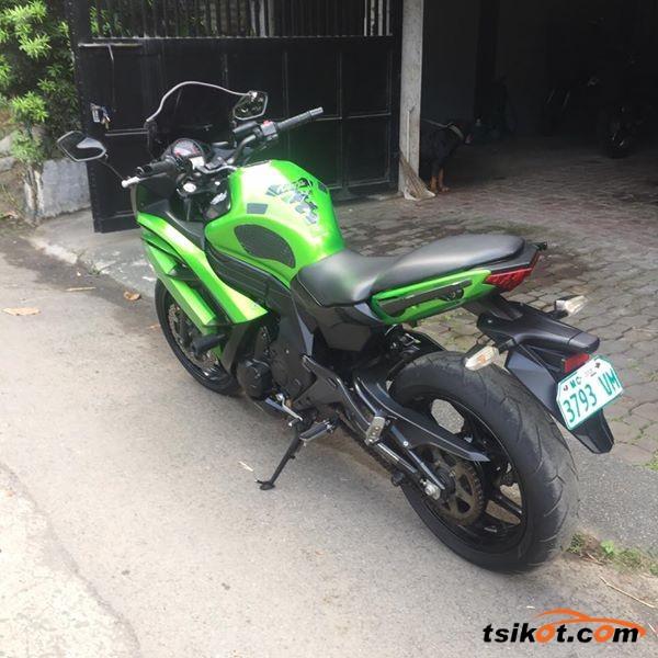 Kawasaki Er-6F 2012 - 4