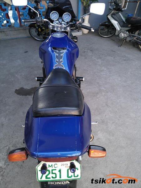 Honda Cb 400 Super Four 2002 - 4