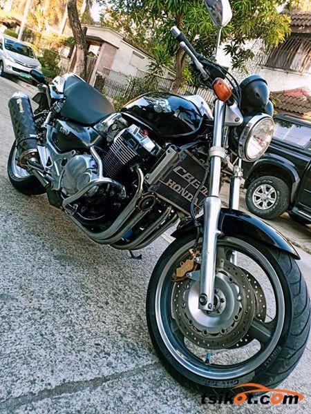 Honda X4 1997 - 1