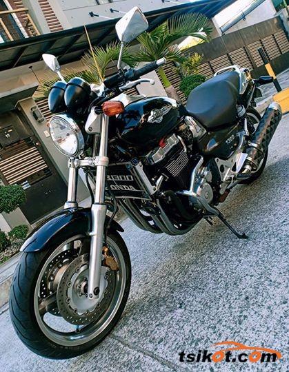 Honda X4 1997 - 2