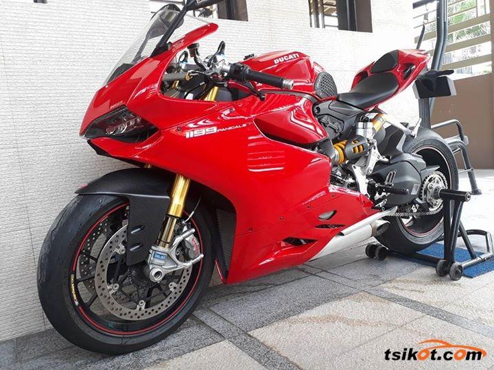 Ducati 1199 Panigale S 2013 - 1