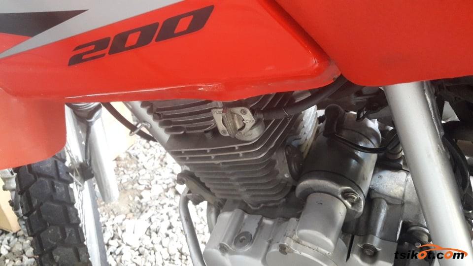 Honda Xr 200 2013 - 6