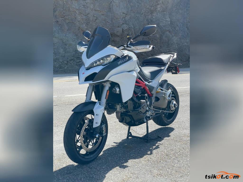 Ducati 1199 Panigale R 2013 - 1
