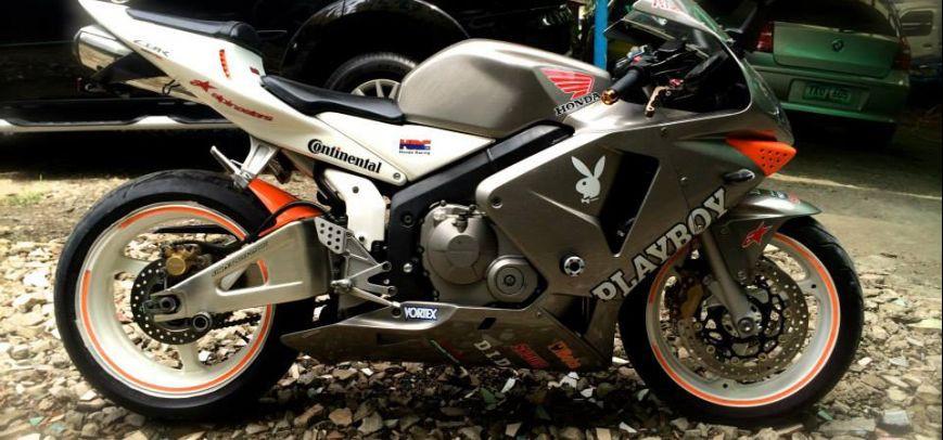 honda cbr 600 rr 2005 motorbike for sale central visayas. Black Bedroom Furniture Sets. Home Design Ideas