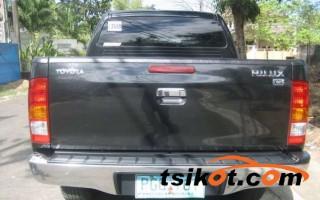 cars_12172_toyota_hilux_2011_12172_2