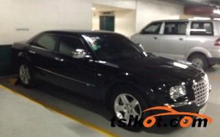 cars_12441_chrysler_300_2010_12441_4