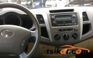 cars_13315_toyota_hilux_2010_13315_2