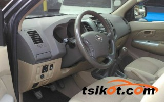 cars_13315_toyota_hilux_2010_13315_3