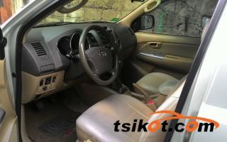 cars_14103_toyota_hilux_2009_14103_4