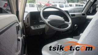 cars_15569_nissan_urvan_2010_15569_2