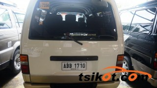 cars_15569_nissan_urvan_2010_15569_3