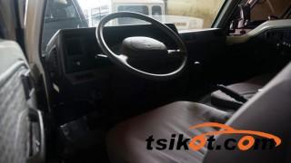 cars_15573_nissan_urvan_2013_15573_3