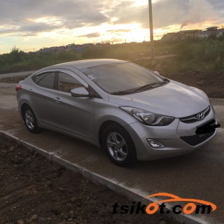 cars_15961_hyundai_elantra_2012_15961_4