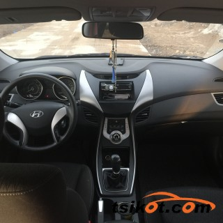 cars_15961_hyundai_elantra_2012_15961_5