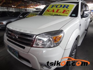 cars_15999_ford_everest_2010_15999_3