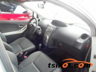 cars_16155_toyota_yaris_2011_16155_2