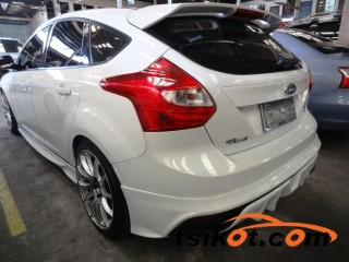 cars_16590_ford_focus_2013_16590_2