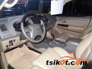 cars_16615_toyota_fortuner_2012_16615_2