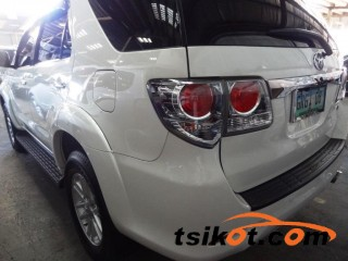 cars_16615_toyota_fortuner_2012_16615_3