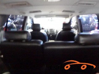 cars_16619_toyota_innova_2014_16619_3
