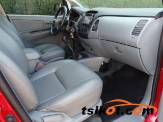 cars_16692_toyota_innova_2012_16692_4