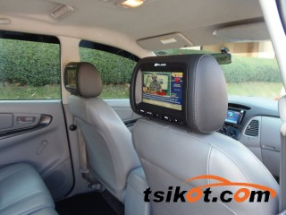 cars_16692_toyota_innova_2012_16692_5