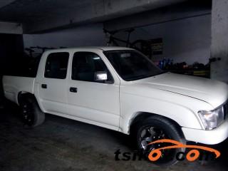 cars_16858_toyota_hilux_2004_16858_3