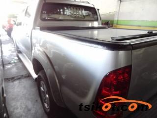 cars_16989_toyota_hilux_2007_16989_3