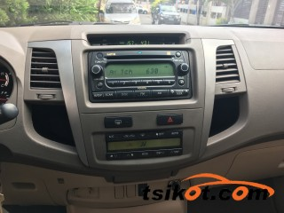 cars_16997_toyota_fortuner_2005_16997_2
