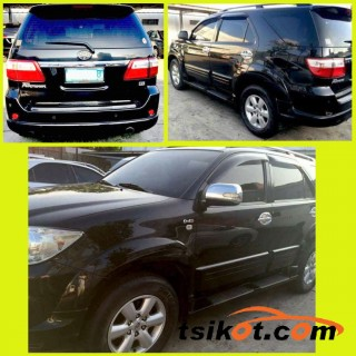cars_17052_toyota_fortuner_2010_17052_2