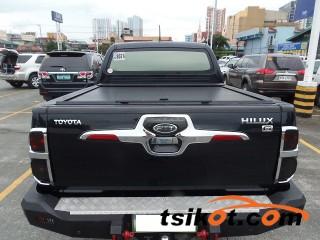 cars_17064_toyota_hilux_2012_17064_2