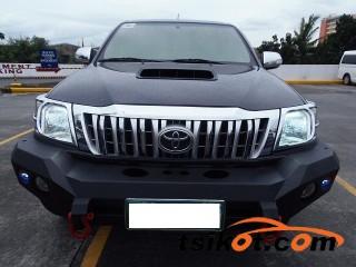 cars_17064_toyota_hilux_2012_17064_3