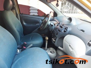 cars_17359_toyota_echo_2000_17359_4