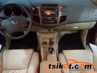 cars_17363_toyota_fortuner_2010_17363_1