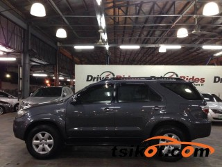 cars_17363_toyota_fortuner_2010_17363_2